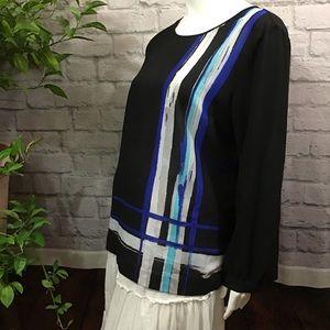 🌻 SALE! 3/$20 Black blue stripe XL sheer blouse